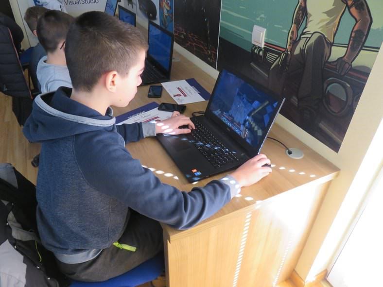 Dodela sertifikata i Minecraft turnir  09